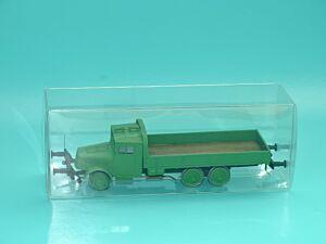 Tatra T 111- Schienenlastwagen
