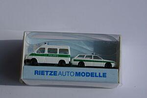 1 x Ford Transit Polizei, 1 x Audi Polizei