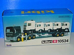 DAF - Transporter mit 5 LKW-Fahrerkabinen